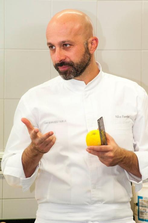 Niko Romito chef 3 stelle Michelin del Ristorante Reale di Castel di Sangro (AQ) - Foto tratta dalla pagina Fb dedicata allo chef