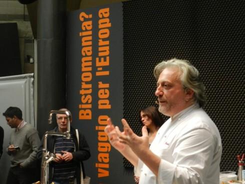 Lo chef Davide Scabin in una precedente edizione di RistorExpo