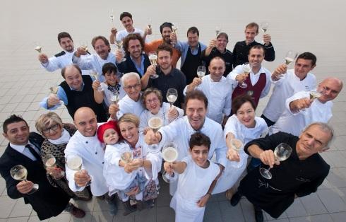 "Gli chef ""Tre Gamberi"" fotografati da Oliviero Toscani"