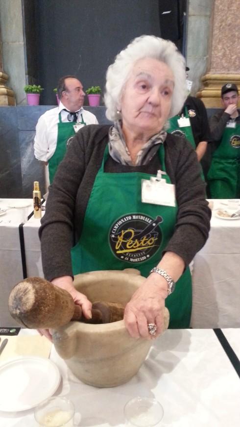 Alfonsina Trucco - Campionessa mondiale di pesto genovese al mortaio 2014